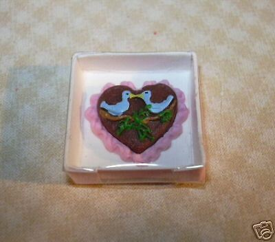 Miniature Lola Boxed Chocolate Valentines Day Heart Dollhouse 1 12 Scale